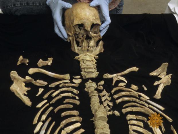 kennewick-man-skeleton-handler-promo.jpg
