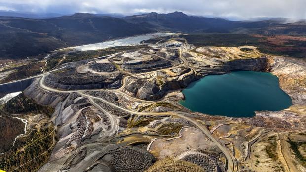 abandoned-gold-mine-1.jpg