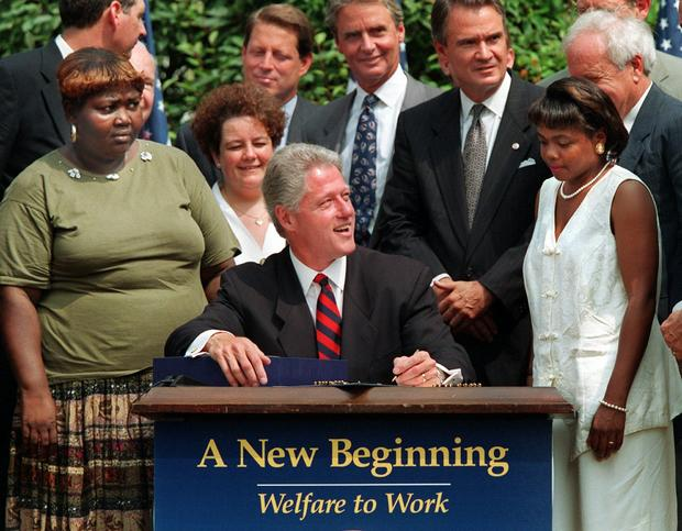clinton-signing-welfare-reform-1996-ap.jpg