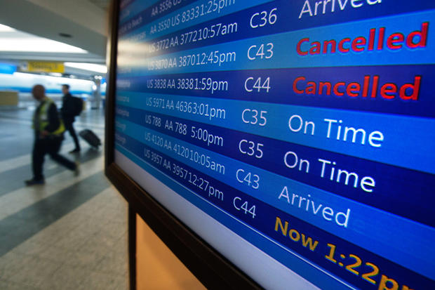Storms snarl holiday travel