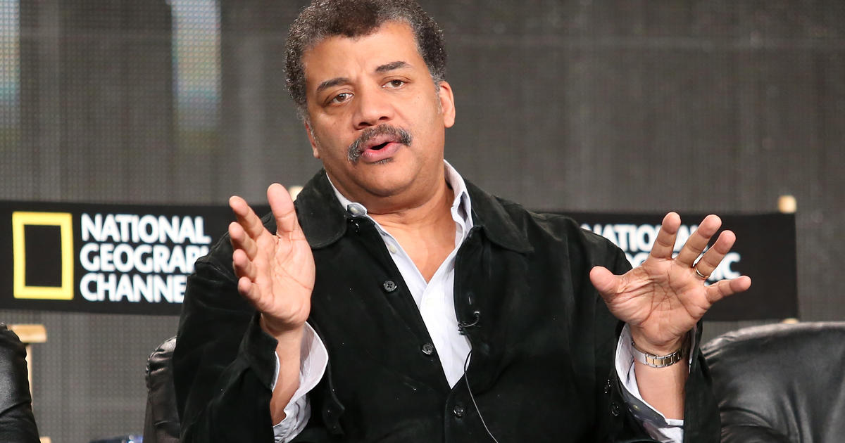 A Redditcom user posed the question to Neil deGrasse Tyson Which books should be read by every single intelligent person on the planet If youre