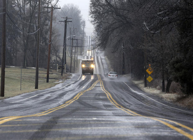Winter weather snarls roads around the country
