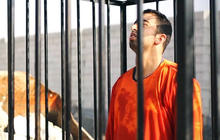 ISIS video shows Jordanian pilot being burned to death