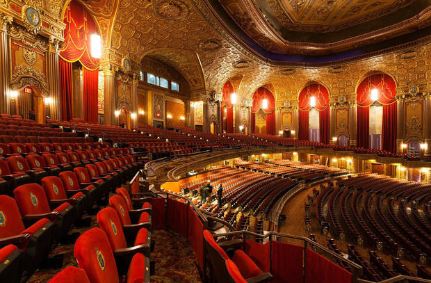 Kings Theatre Reopens Grand Brooklyn Movie Palace Pictures Cbs News
