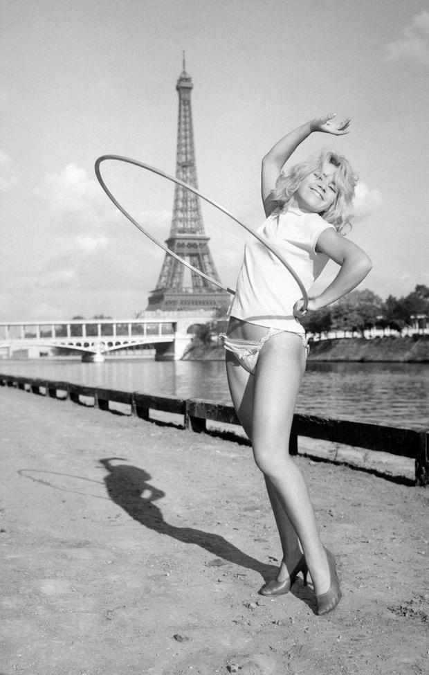 1957hoop.jpg