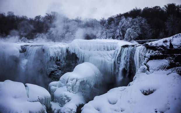 Frozen Niagara Falls