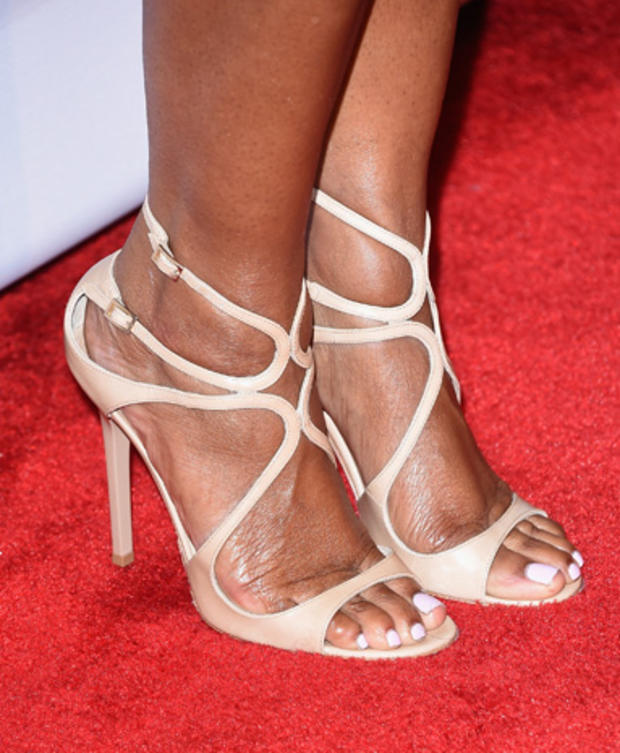high-heels-462960640.jpg