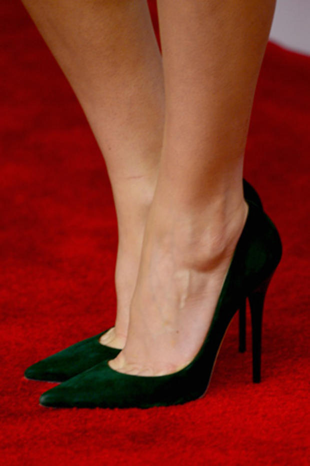 high-heels-462667950.jpg