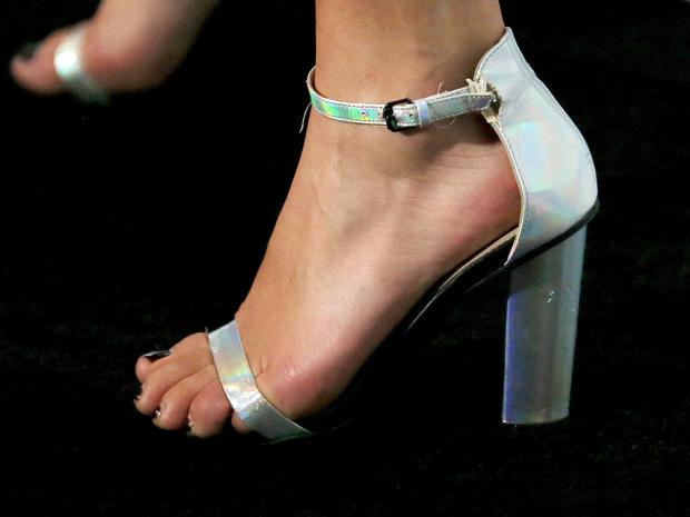 high-heels-463043486.jpg
