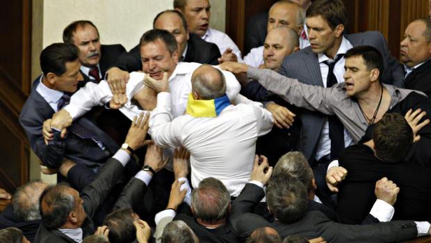Fighting lawmakers