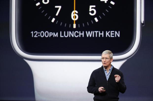 Apple_Watch_465689186.jpg
