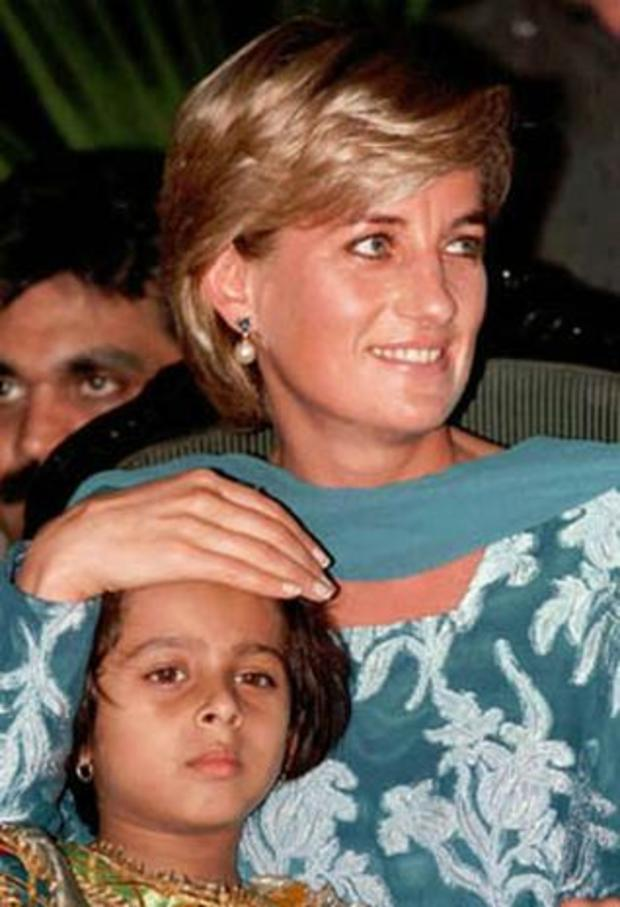 princess-diana-child-pakistan-1997.jpg