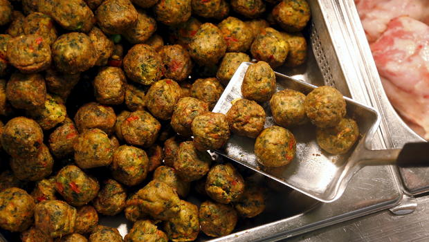 ikea swedish meatballs ikea s swedish meatballs are going vegetarian cbs news 31684