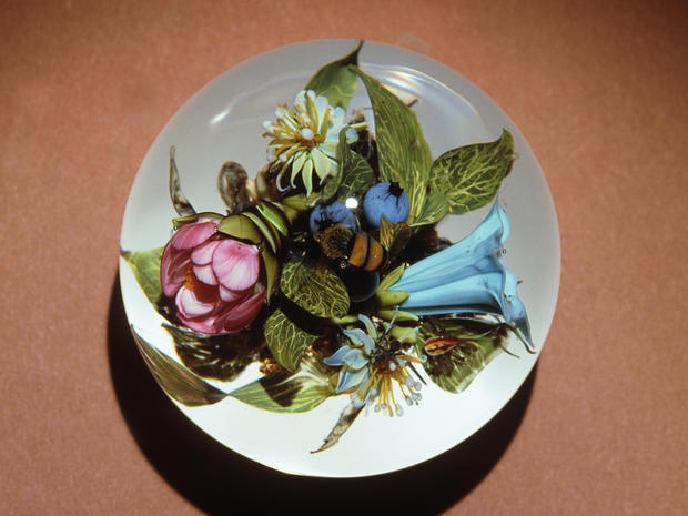 flower art frozen in glass exquisite paperweights pictures
