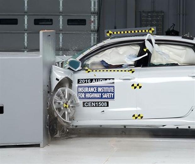 5 of the safest cars on the road
