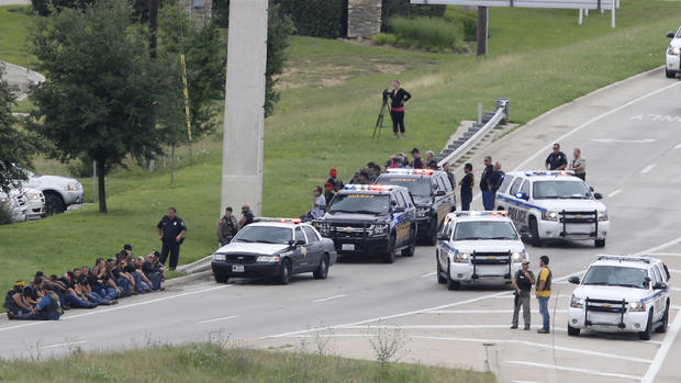 Capital murder charges expected in Waco biker shootout - CBS