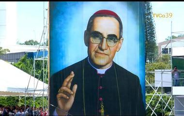 Slain Salvadoran archbishop on path to sainthood