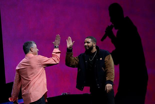 Apple Music, Drake