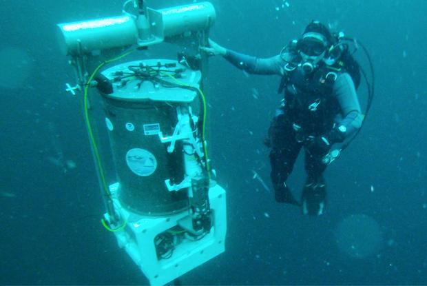 esp-diver11f2.jpg