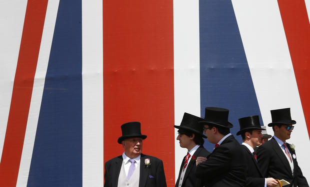 'Fascinating' hats at Ascot