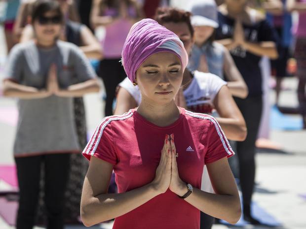 yoga-kazakhstan-rtx1hg6l.jpg