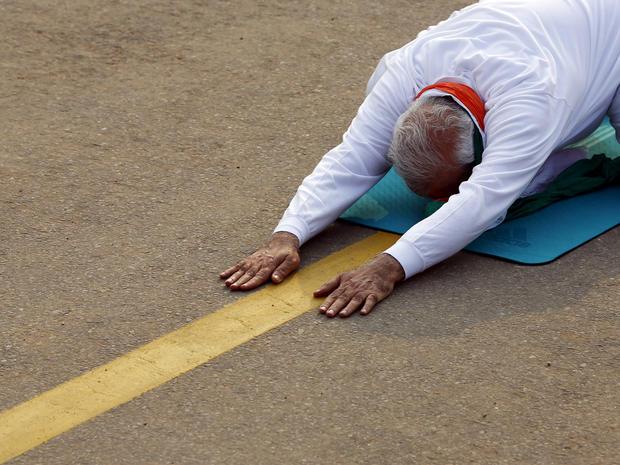 yoga-india-rtx1hfbg.jpg