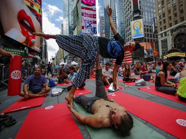 yoga-nyc-rtx1hheo.jpg