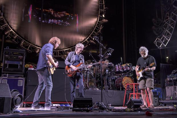 Top 5 landmark Grateful Dead concerts