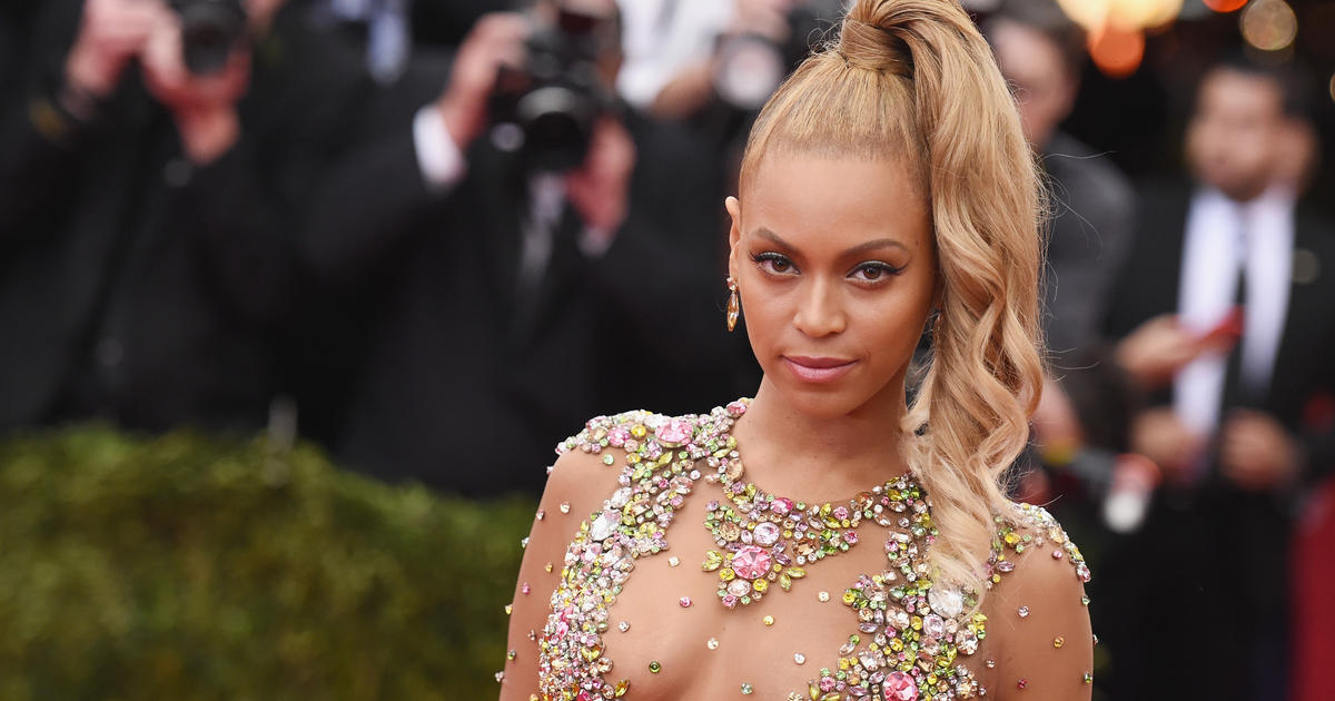 Beyonce gets bangs for her birthday
