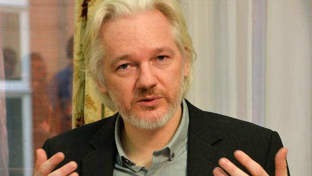 Rep. Rohrabacher Meets With WikiLeaks Founder Julian Assange