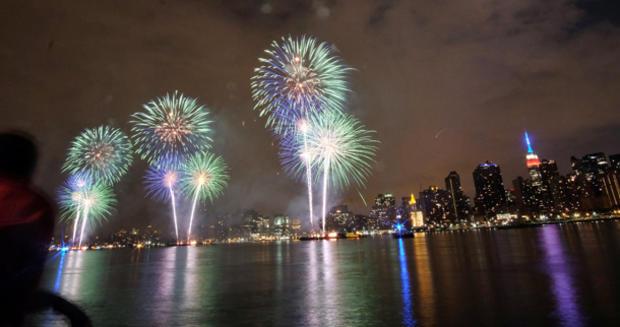 fireworks-nyc-479504758.jpg
