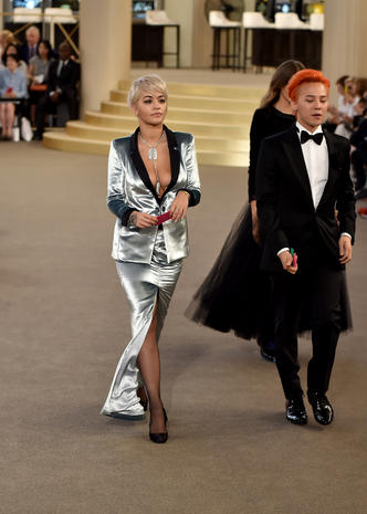 Stars shine at Paris Fashion Week 2015