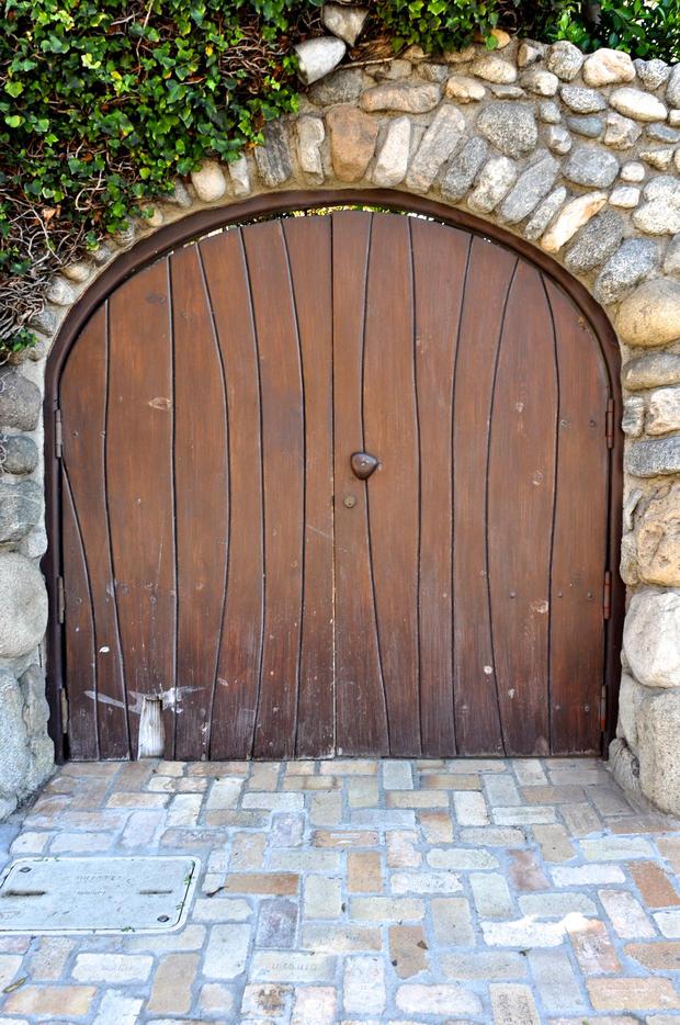 hobbit-door-malibu.jpg