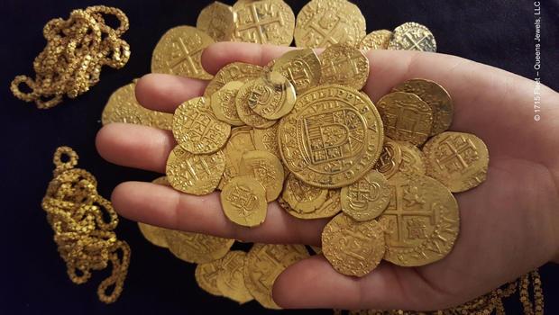 hand-of-treasure-2.jpg