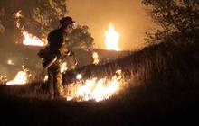 Rain, cooler temperatures help California crews battle wildfires