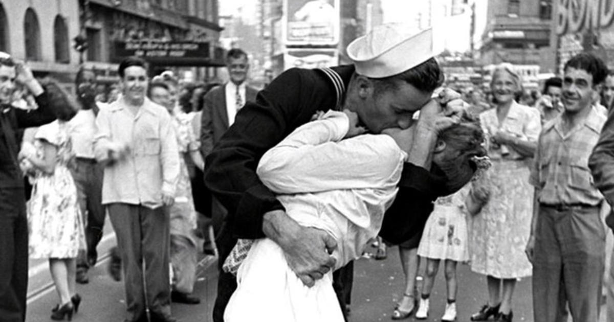 Remembering the iconic V-J Day kissing photograph