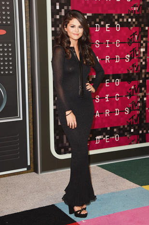 2015 MTV VMAs red carpet arrivals