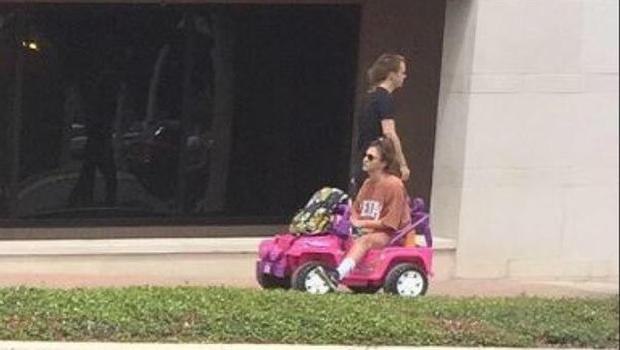 "Student's new ride after DWI arrest? A ""Barbie Jeep"" - CBS ..."