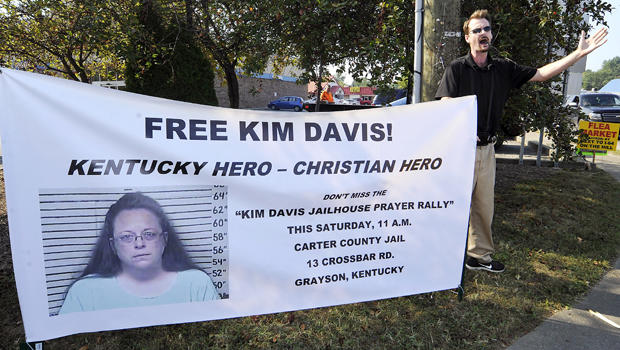 David Jordan, a member of Christ Fellowship in North Carolina, preaches in support of the prayer rally at the Carter County Detention Center for Rowan County Clerk Kim Davis, held in contempt of court for her refusal to issue marriage certificates to same