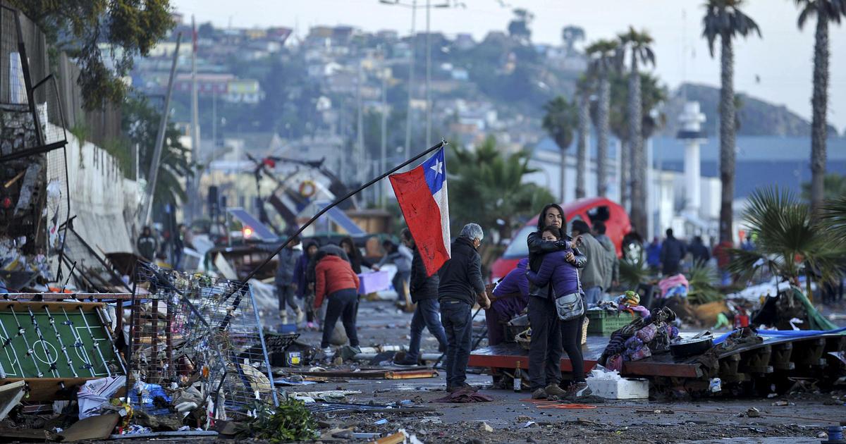 death toll from chile earthquake rises  1 million evacuate