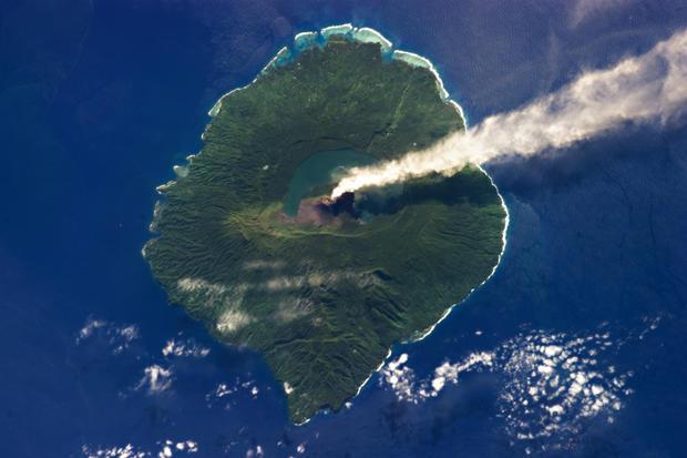 gaua-stratovolcano-nasa.jpg