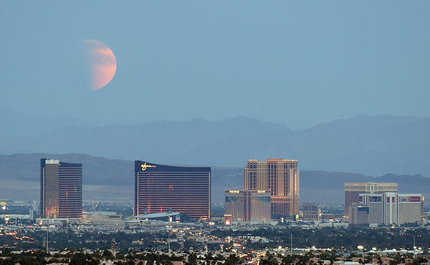 Eclipse Las Vegas >> Super Blood Moon Las Vegas Rare Super Blood Moon Eclipse