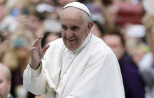 Pope Francis ends historic U.S. trip with prayer, promises