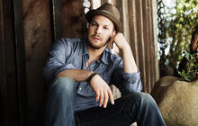 """Gavin DeGraw opens up about """"Make a Move"""""""