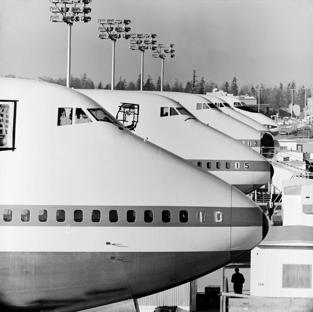 12-boeing-100-years-747-cargo-hinged-nose.jpg