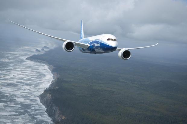 21-boeing-100-years-787-dreamliner-oregon-coast.jpg