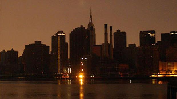 Biggest blackout in U S  history - CBS News
