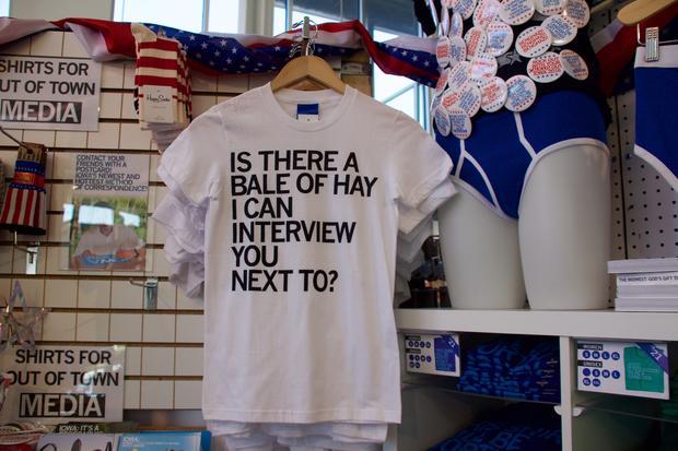 9c0322c6b The t-shirt take on Iowa politics - CBS News
