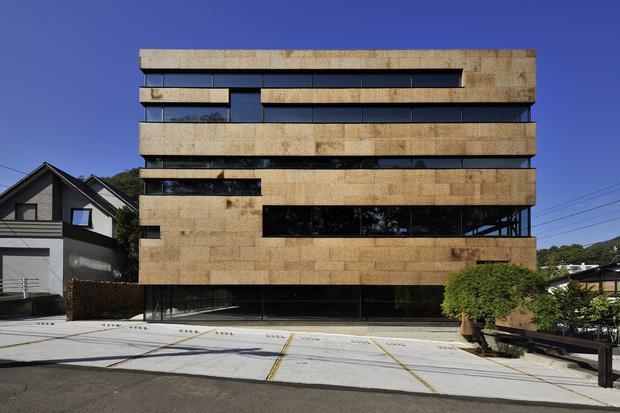 office-higo-by-nakayama-architects-japan.jpg