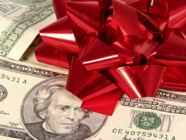 16 holiday shopping tips from top coupon experts